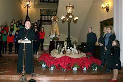 El arzobispo en un acto de bendición del belén/vlcciudad