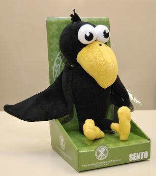 Un cuervo será la mascota de la Universidad San Vicente Mártir/alberto saiz