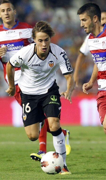 Sergio Canales durante un encuentro de fútbol