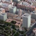 Vista aérea del complejo administrativo Nou d´ Octubre en Nou Moles