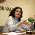La concejala Beatriz Simòn durante la presentación de las charlas/pepe sapena