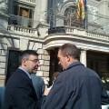 El edil Pedro M. Sánchez con el presidente del comité de empresa de la EMT