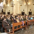 Asistentes a la misa que ha oficiado hoy el arzobispo en la Catedral/j.peiró