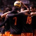 El Valencia tuvo que remontar para sacar los tres puntos de Riazor. (Fotos: valenciacf.com)