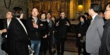 El párroco José Verdeguer con los representantes de la comunidad china/avan