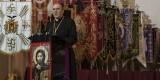 El arzobispo de Valencia, Carlos Osoro, pronuncia el pregón que abre la Semana Santa Marinera de 2013/Isaac Ferrera
