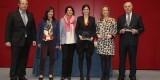 La concejala de Playas de Valencia, Lourdes Bernal, segunda por la derecha, en la recepción del premio/vlcciudad