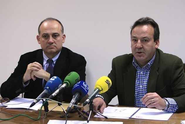 El portavoz socialista, Joan Calabuig, y el edil Vicent Sarriá/manuel molines