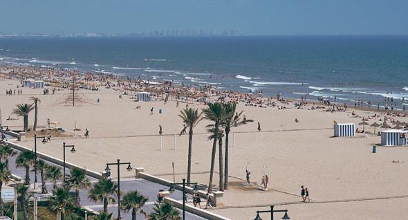 Una vista aérea de la playa de Las Arenas de Valencia/turismo