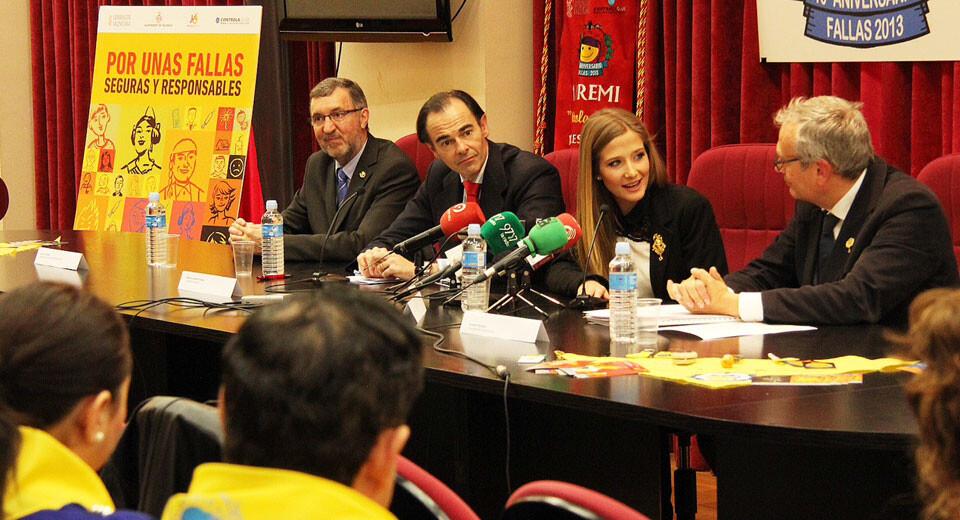 Presentación de la campaña por el consumo responsable de alcohol en las Fallas.