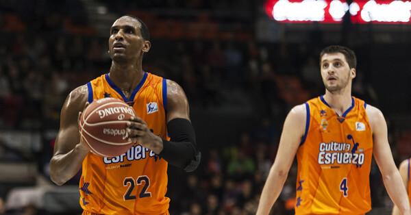 El Valencia Basket afronta una primera quincena que le puede aupar en lo más alto/Isaac Ferrera