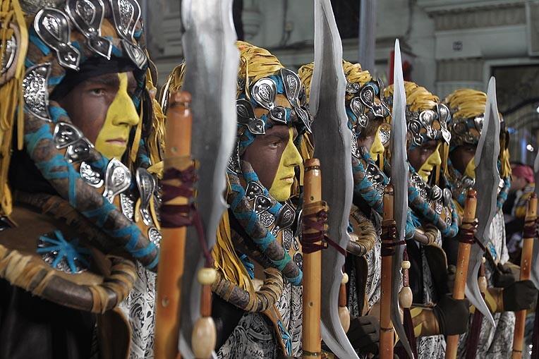 La Falla Almirante Cadarso-Conde Altea celebró su Parada Mora. Foto: Fallas.com