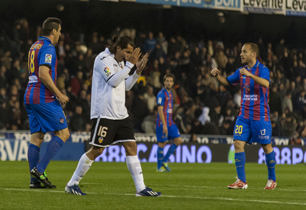 Valdés se lamenta de una ocasión fallada. Foto: Isaac Ferrera