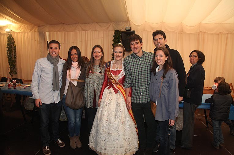 Isabel la Católica-Cirilo Amorós recibe a Begoña. Foto: Josep V. Zaragoza