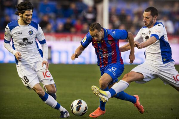 El Levante mereció ganar el encuentro donde incluso Iborra metió gol pero el árbitro no lo vio/ivan arlandis
