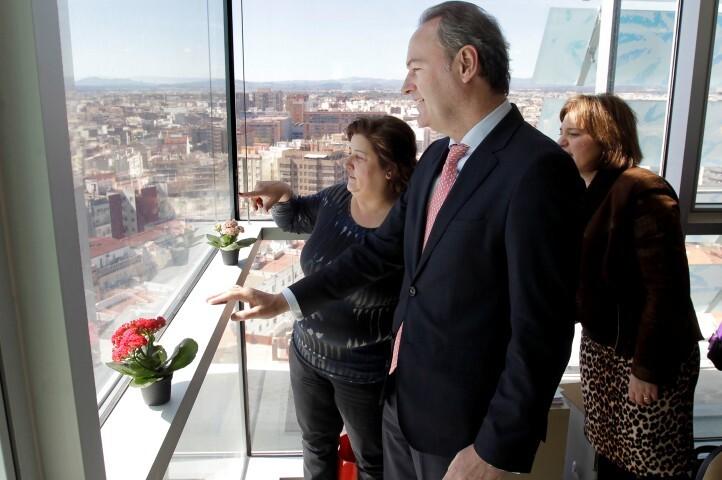 Valencia 15032013. Visita complejo administrativo 9 octubre
