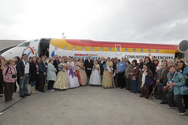El avión fallero de marzo de 2011. Foto del archivo de Ciberfallas