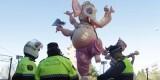 Varios policías custodian la falla de Ceramista Ros/levante-emv