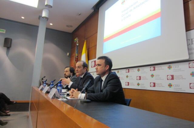 Conferencia inaugural del curso de Adaptación al Grado en Educación Primaria 2012/2013 que organiza la Universidad CEU Cardenal Herrera