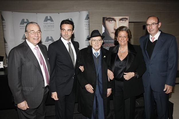 Enrique Ponce, con Benlloch, Barberá y Amorós en el Hotel Las Arenas/vlc
