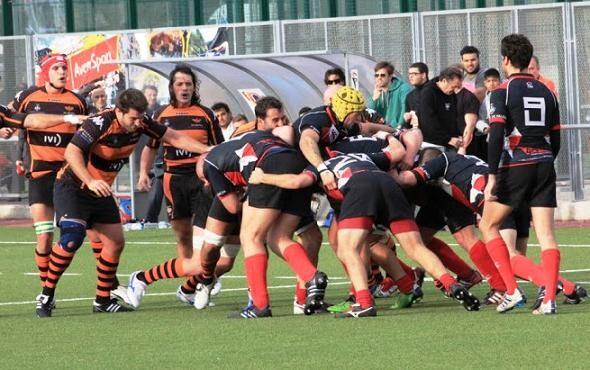 Los aficionados al rugby disfrutaron de un gran derby que se llevó el CAU/CAU valencia