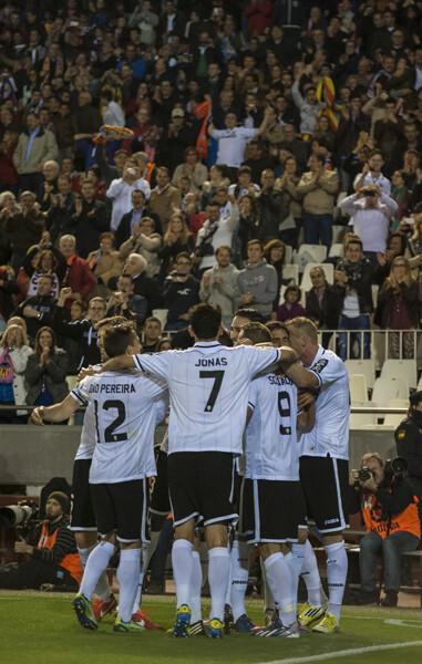 El Valencia fue un bloque y logró un hito histórico al marcar cuatro goles en seis minutos/Isaac Ferrera