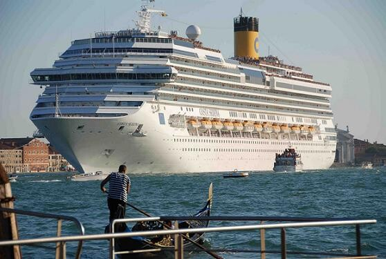 El Costa Serena será uno de los cinco cruceros que atracará el próximo 19 de abril/costa cruceros
