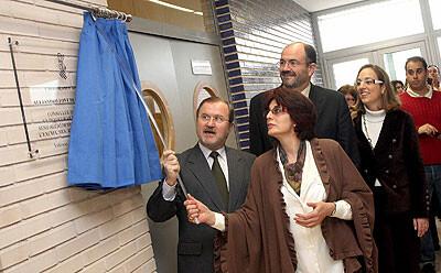 Emilio del Toro, detrás, en un acto público hace unos años/ayto valencia