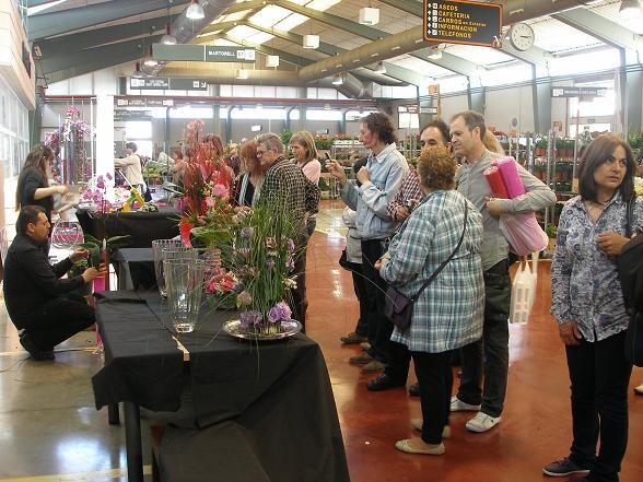 Un momento de la exhibición de arte floral que tuvo lugar esta mañana/mercavalencia
