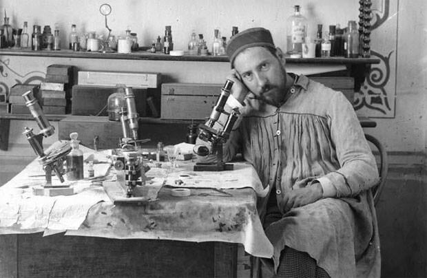 Ramón y Cajal en su laboratorio.