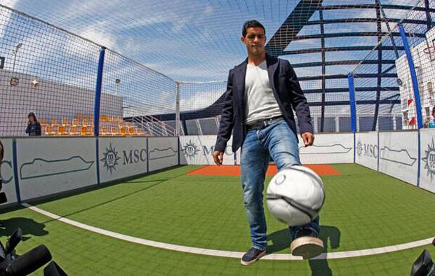 Rocardo Costa celebraba su renovación con el Valencia subiendo esta foto a su Twitter