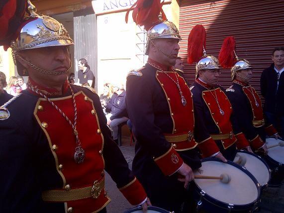 Los últimos de San Luis Bertrán tocando los timbales/vlcciudad