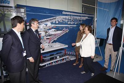 La alcaldesa con el edil de Deportes, la delegada del Gobierno en el stand de la subsede Olímpica/Ayto Valencia