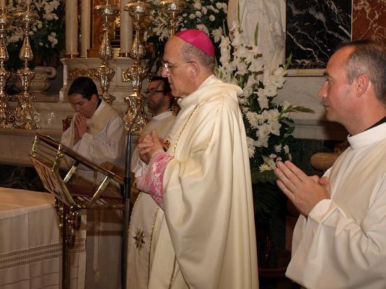 El arzobispo en la misa de Descoberta en la Basílica/artur part