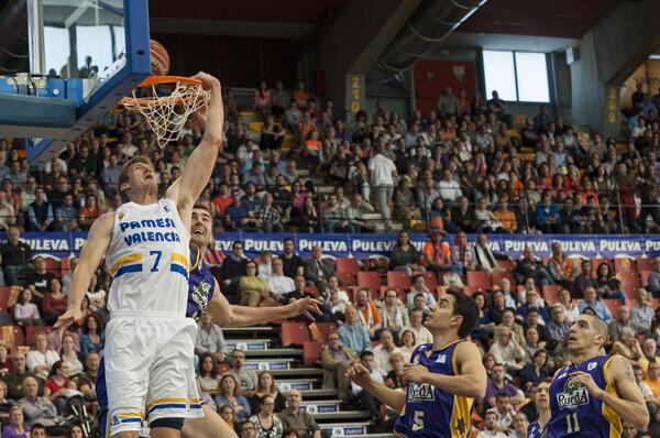 El Valencia Basket dominó el encuentro ante el Valladolid/Isaac Ferrera