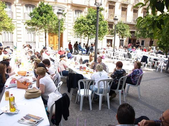Ambiente en la plaza Nápoles y Sicilia/artur part