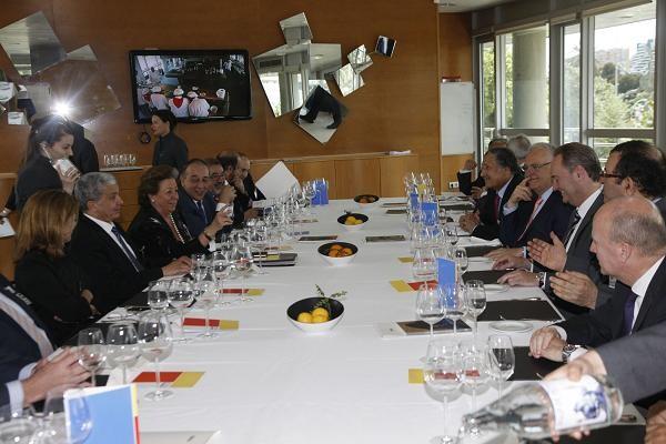 La alcaldesa de Valencia, el president de las Corts y el presidente de la Generalitat ha asistido a la comida en el CDT/ayto. valencia