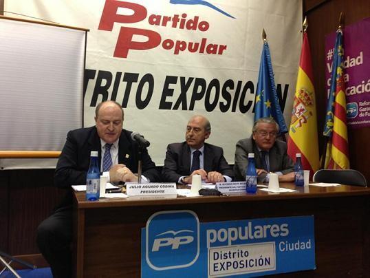 Julio Aguado, a la izquierda, repite en la presidencia de Exposición en unas elecciones que se celebran hoy/exposición