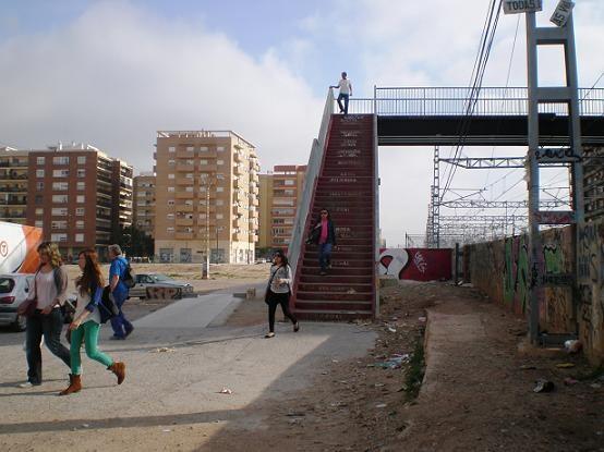 La pasarela de Malilla se reformará finalmente en verano