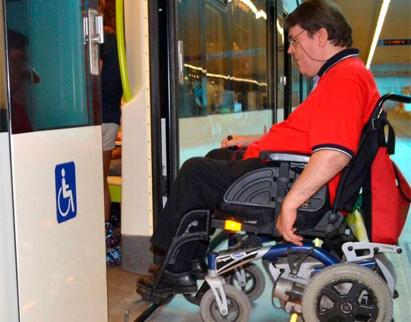plataforma-movilidad-reducida-metro-valencia