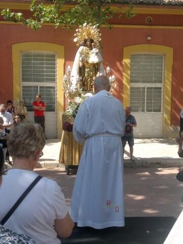 La imagen peregrina de la Virgen visita el barrio de Marchalenes 2013-06-15-2516 (36) (Small)