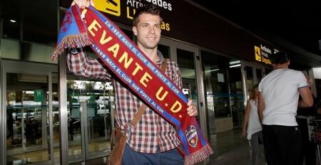 Levante UD. Ivanschitz. Llegada a Valencia