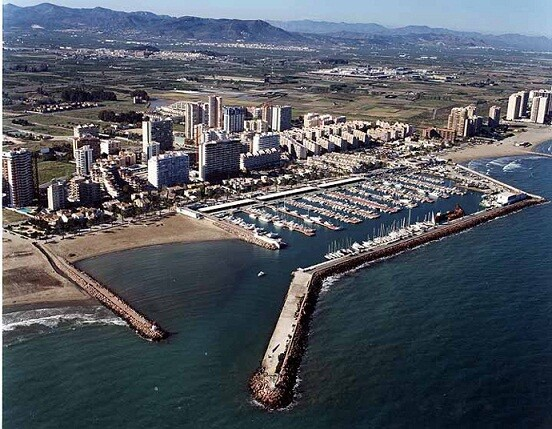 Vista aérea de la zona de playa de La Pobla de Farnals donde se realiza la prueba práctica