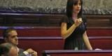 Rosa Albert, durante su intervención en el Pleno de este viernes. Foto: Manuel Molines