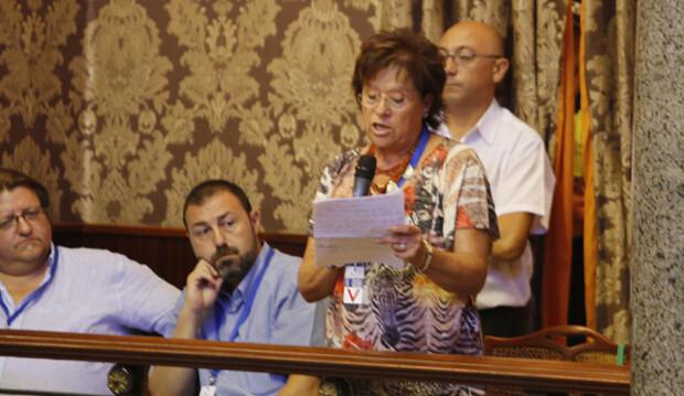 Matilde Ramos intervino en representación de la Federación de Asociaciones de Vecinos. Foto: Manuel Molines