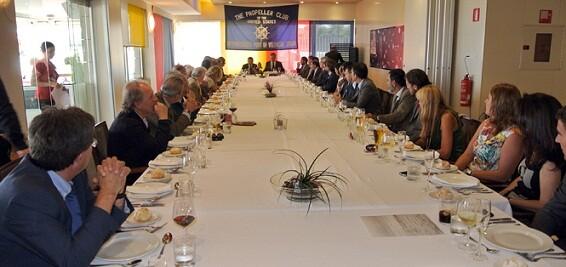 El almuerzo de trabajo ha tenido lugar en el hotel Neptuno/pc.