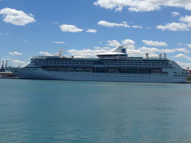 El Legend of the Seas en el puerto de Valencia