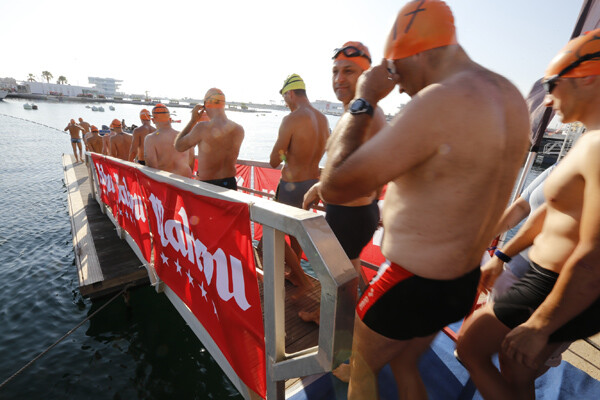 Otro grupo de nadadores/m.molines