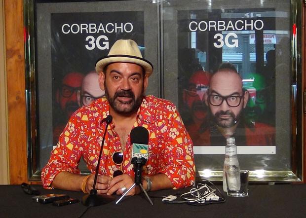 José Corbacho también ha dedicado algunas palabras a las víctimas del accidente en su rueda de prensa, en el Teatro Olympia.