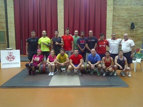 Los participantes en el curso de movimientos olímpicos/vch